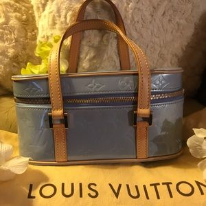 🦋AUTH LIGHT BLUE Sullivan Louis Vuitton Handbag🦋
